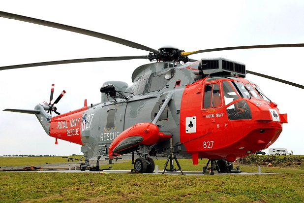 711 NAS Sea King makes it final journey.